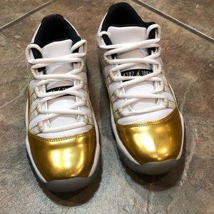 Air Jordan 11 Retro Low 528896 103 White/Mtlc Gold